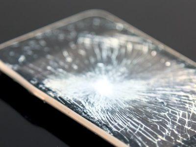 画面大破スマートフォン(Android)の画面ロック解除サービスを開始しました